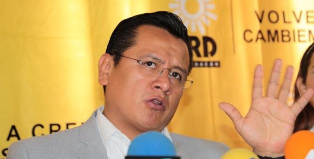 El PRI obligó el pasado 13 de febrero a maestros acudir a la convención de sus delegados donde se postulaba su candidato a presidente municipal por Morelia, acusa el PRD
