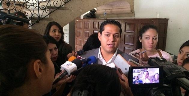 Moncada Sánchez señaló que en la medida que el gobierno estatal no puede convocar a un acuerdo de gobernabilidad cuando el mismo gobernador es el primero en violarla