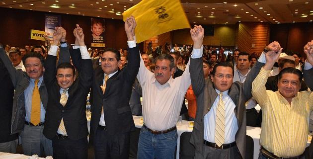 Silvano Aureoles Conejo candidato del PRD al Gobierno de Michoacán, señaló que es un momento significativo el que se vive hoy en Michoacán, porque por encima de cualquier interés está el de los michoacanos
