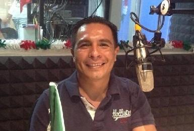 El autor, Carlos Ángel Arrieta, es un periodista de investigación con amplia experiencia en los ámbitos político, deportivo y social; ha colaborado con Tv Azteca Michoacán, Central Tv, SMRTV y Grupo ACIR, entre otros medios
