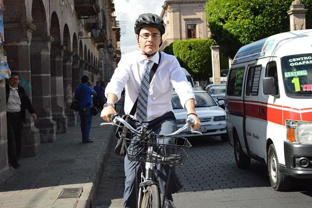 Villegas Soto, recordó que como regidor también logró modificar el orden de importancia en el Reglamento de Tránsito Municipal