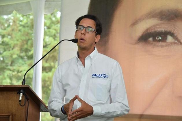 Palafox resaltó que la inversión en obra pública es como una inyección de adrenalina a la economía local y desde el Congreso de la Unión se le apostará a que Michoacán avance en infraestructura y generación de empleos