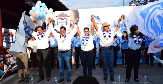 """Chávez Zavala, aseveró que será """"Cocoa"""" quien con su credibilidad, autoridad moral y demostrada capacidad para gobernar logre despuntar en este ejercicio democrático"""