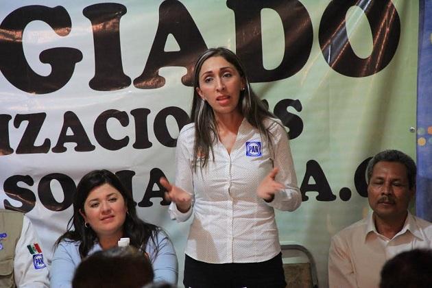 """""""Hoy sé que mi gente necesita a representantes honestos, comprometidos, trabajadores, luchadores sociales que apoyen las causas más nobles, que sean la voz sonante del pueblo"""": Rangel Reyes"""