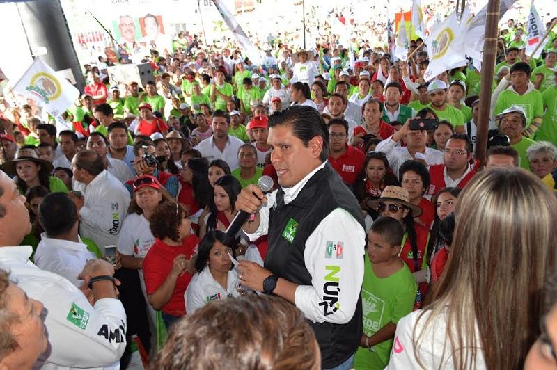 Estuvieron en el evento los aspirantes a la alcandía moreliana, Jaime Darío Oseguera y a la diputación federal por el Distrito 10, Daniela de los Santos