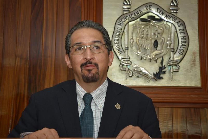 Al partir a la reunión de trabajo, el rector nicolaita mencionó que para la Casa de Hidalgo es muy importante acudir a este tipo de encuentros porque allí se hacen propuestas y se toman decisiones