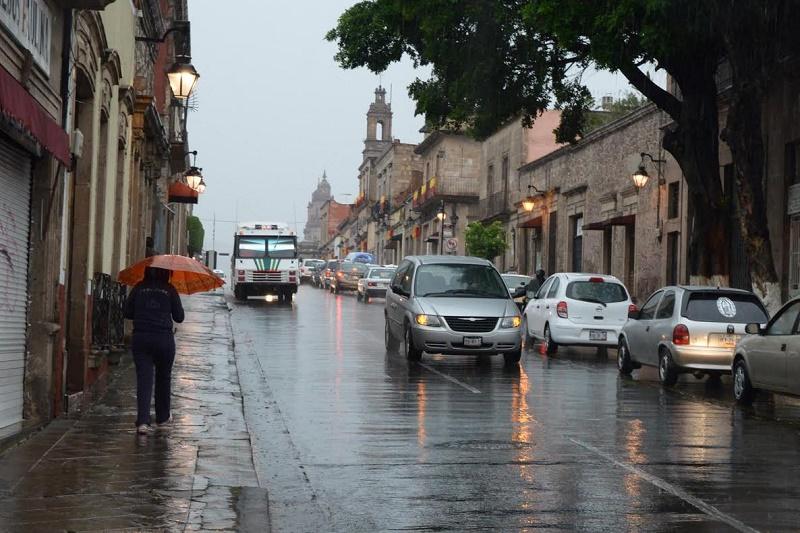 Diariamente son monitoreadas las 10 estaciones climáticas de la ciudad, para informar con oportunidad a la ciudadanía en caso de alguna amenaza