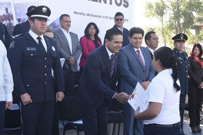 Silvano Aureoles recordó que es prioridad de su gestión el dignificar la labor de quienes forman parte de los cuerpos de seguridad estatales