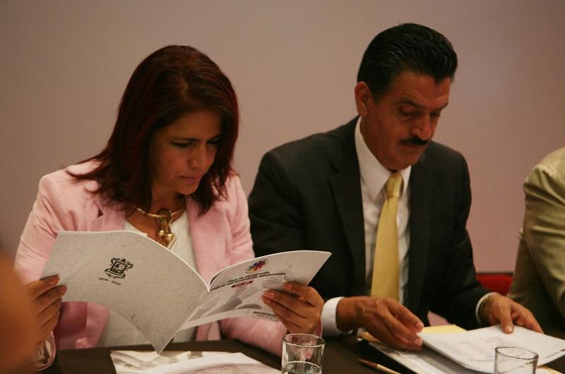 Alanís Sámano señaló que es de suma importancia trabajar en tres ejes centrales para lograr conseguir la igualdad de género en el estado