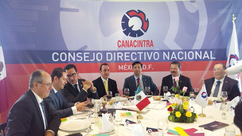 En sesión del Consejo Directivo Nacional de esta Cámara, el titular de la Sedeco, Antonio Soto Sánchez, expuso las potencialidades y vocaciones productivas del estado