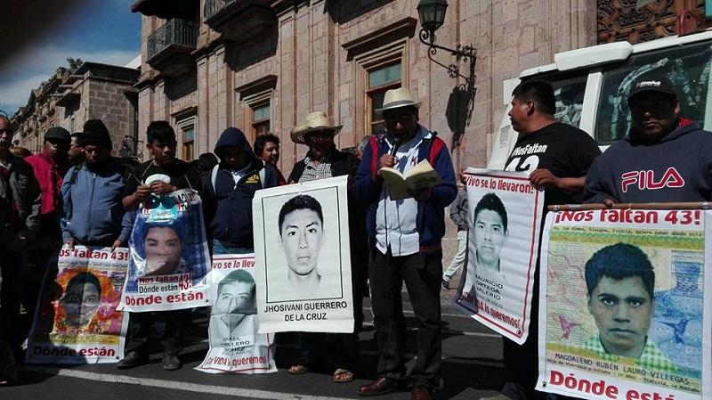 Los manifestantes informarán sobre los avances en las investigaciones del caso Ayotzinapa (FOTO: FRANCISCO ALBERTO SOTOMAYOR)