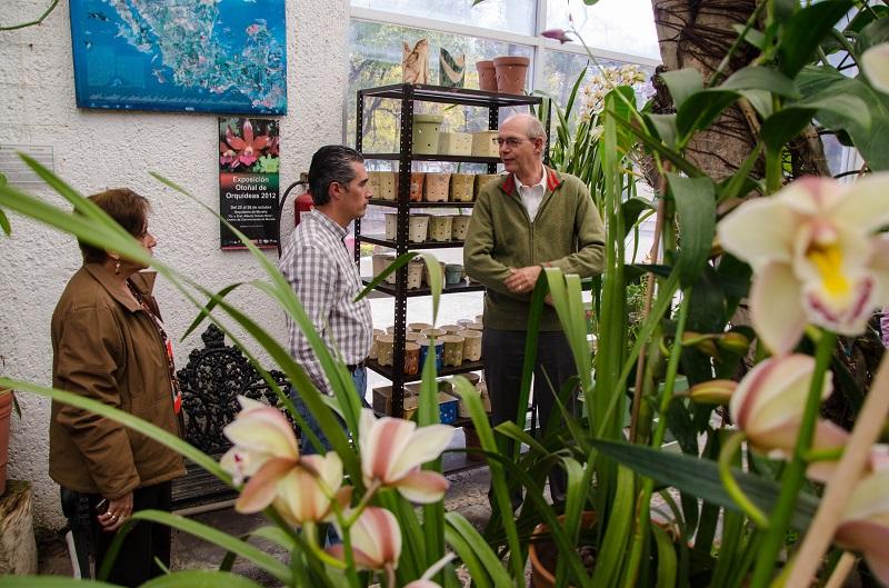 Durante su recorrido por las instalaciones, mencionó que ha observado avances, como la implementación de la tecnificación para mantener la temperatura aleatoria en las plantas que se encuentran en cultivo y exhibición