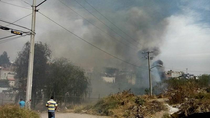 Persiste la inconciencia, irresponsabilidad e ignorancia entre decenas de personas que persisten con las malas prácticas de quemar basura y pastizales (FOTO: MARIO REBO)