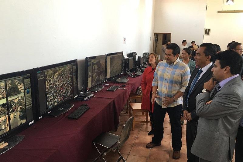 Las distintas cámaras, elementos de seguridad y todo el trayecto, así como la movilidad en toda la ciudad está siendo monitoreadas de manera permanente: López Solís