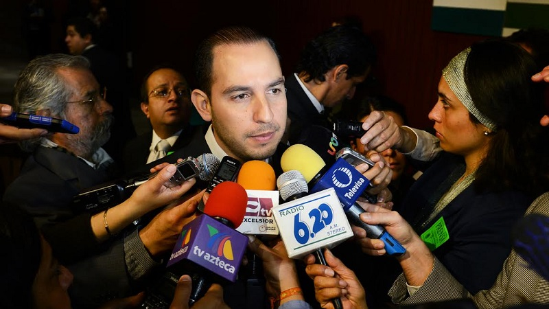 Proponemos un nuevo enfoque, con menor carga de impuestos para que se generen las inversiones y los empleos, expresó Cortés Mendoza, pues en sólo tres años se incrementó en un 42.5% la deuda del sector público