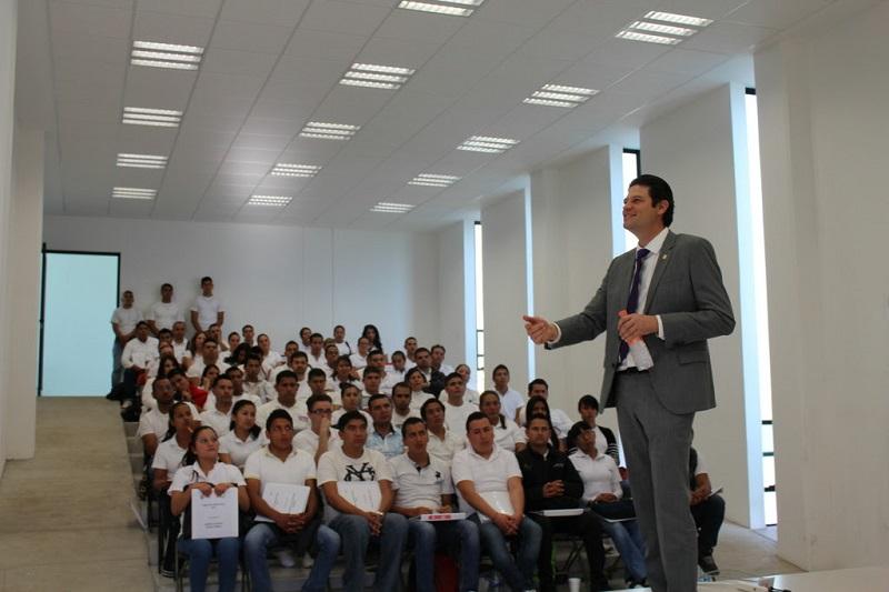 El alcalde asistió al arranque del curso propedéutico dirigido a aspirantes a la Policía de Morelia