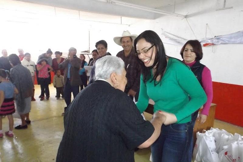 La líder del Grupo Parlamentario del PRI en el Congreso del Estado, dijo que continuará trabajando en la entrega y gestión de apoyos: Hernández Íñiguez
