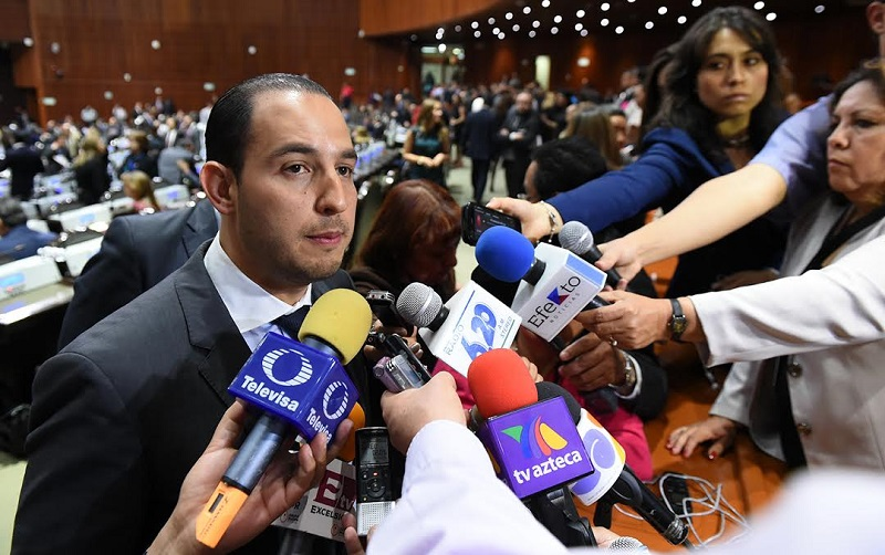 """""""Quiero invitar al nuevo dirigente sindical en el gremio educativo a trascender para bien y sumarse a los que buscamos generar un cambio en el país haciendo 'política de la buena', de la que sin mezquindad tiene como fin el bien común"""": Cortés Mendoza"""