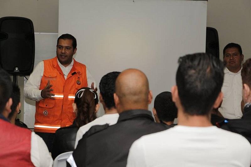 Entre las personas inscritas al menos el 85% de ellos son profesionales que conformaban la plantilla de otros cuerpos de auxilio de la ciudad y el resto pertenecen a la ciudadanía en general