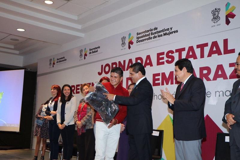 Silvano Aureoles instruyó a las Secretarías de Igualdad Sustantiva y de Educación, así como al Instituto de la Juventud Michoacana y a la Comisión Estatal de Cultura Física y Deporte para acelerar el paso