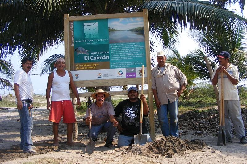 Avanzan acciones para evitar ataques de cocodrilos en las costas michoacanas