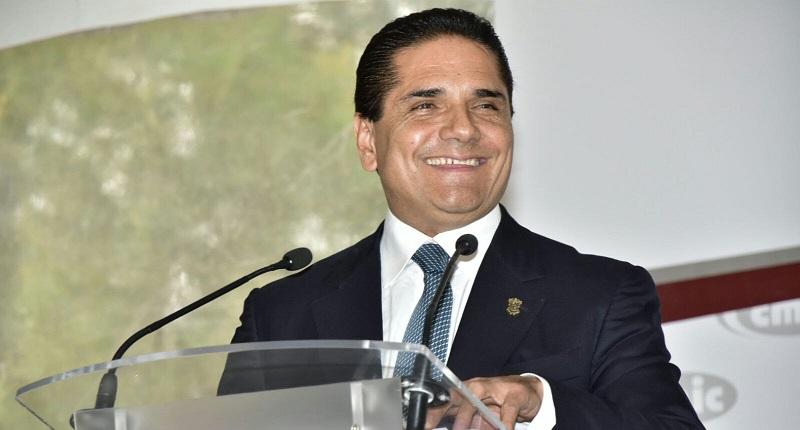 Aureoles Conejo tomó protesta al nuevo consejo directivo de la CMIC Michoacán 2016-2018