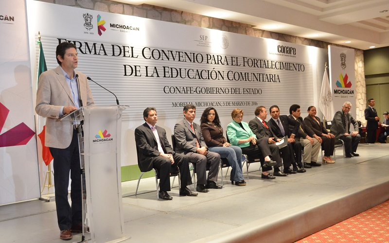 El alcalde de Morelia asistió a la Firma del Convenio de Fortalecimiento de la Educación Comunitaria entre el Gobierno del Estado y la Conafe