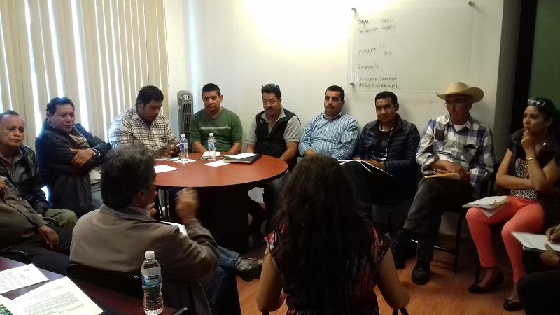 A la reunión también asistieron el director de Desarrollo Rural, Guillermo Revuelta Arreola y los jefes del Departamento Agropecuario, Piscícola y Forestal, Elia Herrera Santacruz y de Innovación, Efrén Domínguez White