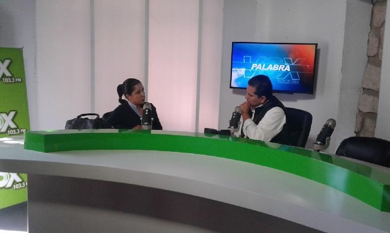 """Ortega Rodríguez fue entrevistada en el noticiario radiofónico """"Palabra"""", de Vox FM, que conduce el periodista Julio Hernández; informó sobre la puesta en marcha de un grupo de padres y madres de familia interesados en el tema"""