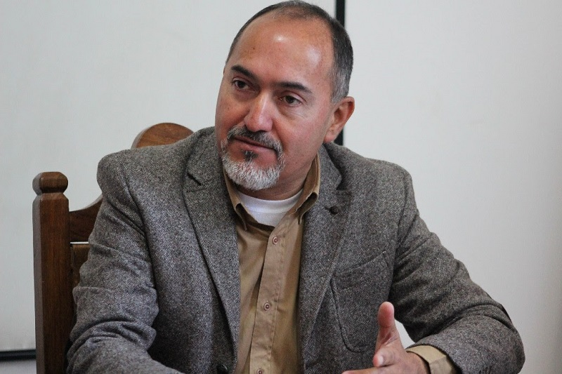 Domínguez López indicó que la SCOP colabora con las diversas dependencias de la presente administración estatal frente a la tormenta invernal, poniendo a disposición maquinaria, equipo y operadores