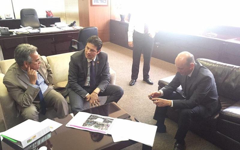 Martínez Alcázar hizo énfasis en que a través de las diferentes instancias municipales, se gestionan los recursos necesarios para la consolidación de obras de gran impacto social para Morelia