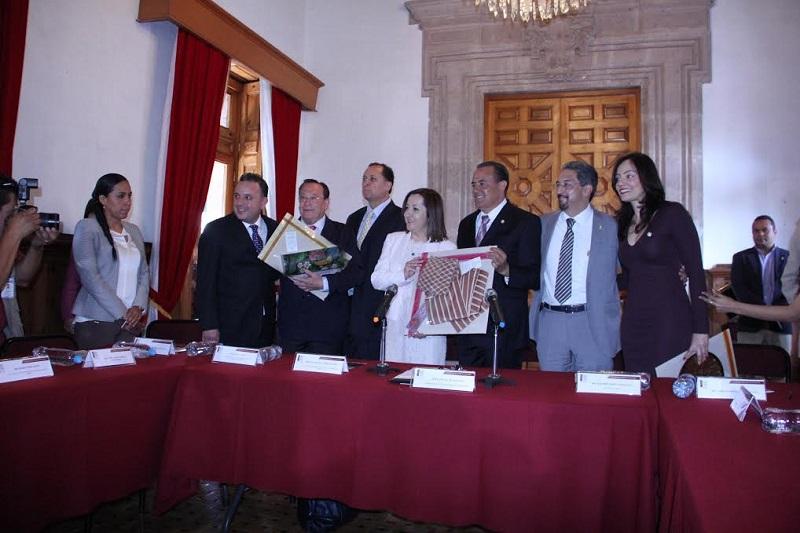 Pascual Sigala, presidente de la Junta de Coordinación Política, destacó la herencia humanista de Don Vasco de Quiroga