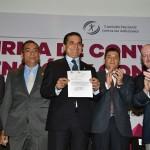 Por su parte, el Ayuntamiento de Apatzingán, hizo entrega del acta de donación del terreno para la construcción del Centro de Atención Primaria en Adicciones
