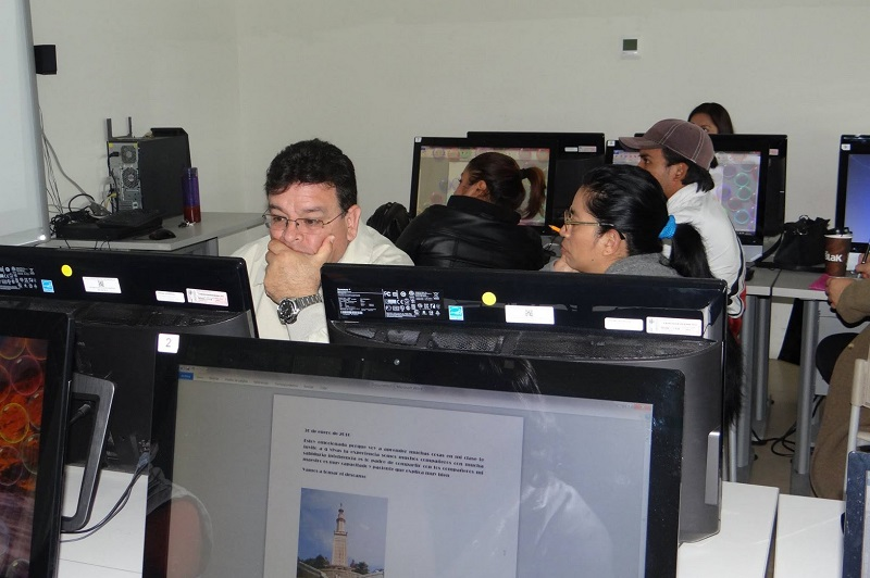 Amante Urbina destacó que por primera vez se ofrecen cursos como el de Diseño de robots en 3D y Animación, Construcción de Escenarios Interactivos y Electrónica para niños