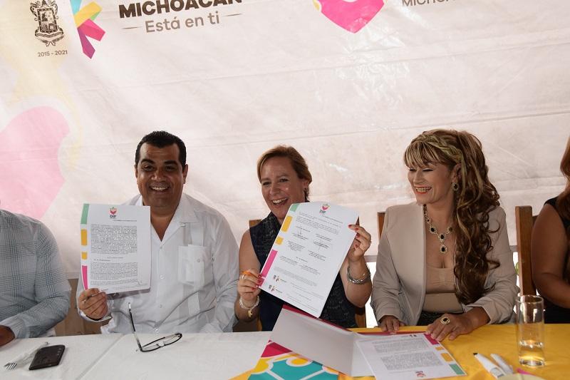 Rocío Beamonte Romero señaló que el convenio permite asegurar el continuidad de los programas alimentarios en los municipios de Huetamo, San Lucas, Tiquicheo, Tuzantla y Benito Juárez