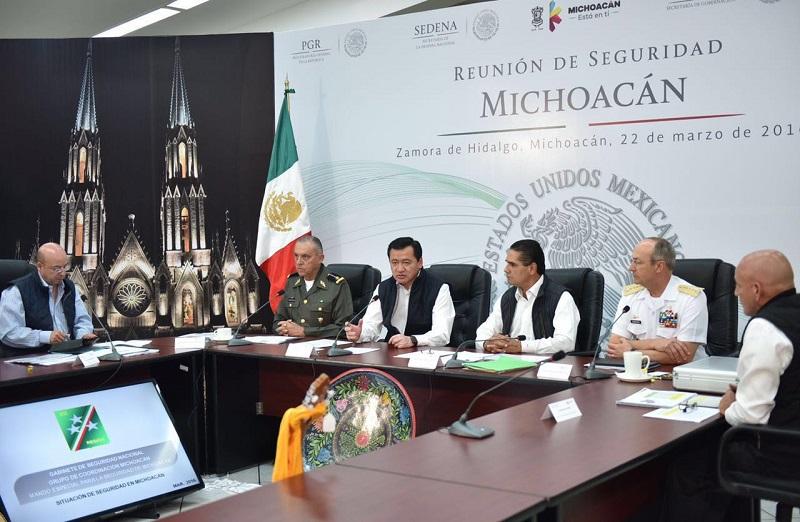 Silvano Aureoles dio la bienvenida a los funcionarios federales y precisó que la reunión en Michoacán es muestra de la coordinación de acciones entre los tres niveles de gobierno