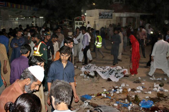 Al momento de la explosión el lugar estaba lleno de familias que celebraban las últimas horas del fin de semana de Pascua (FOTO: AMHED JALIL / XINHUA)