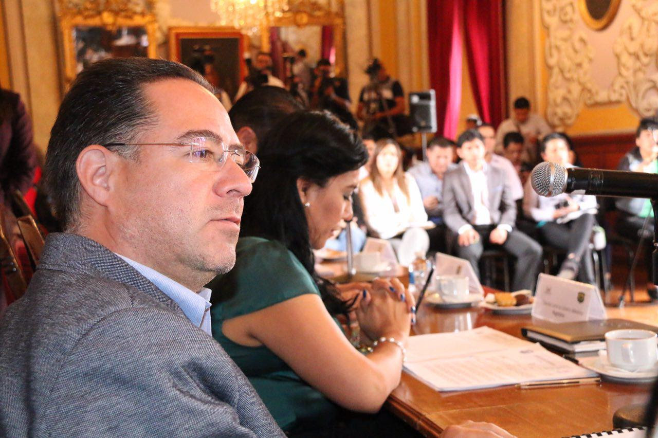 María Elisa Garrido Pérez y Germán Alberto Ireta Lino, expresaron su apoyo a la propuesta como una medida para garantizar la seguridad vial