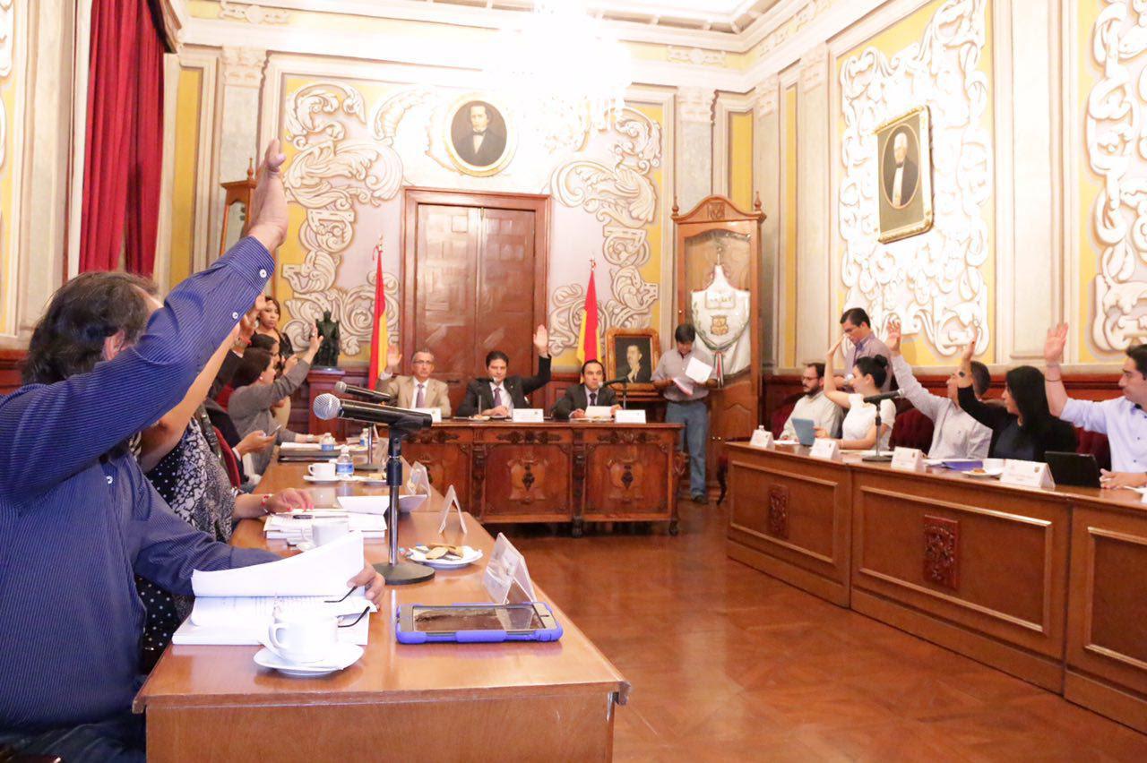 En sesión extraordinaria de Cabildo celebrada este martes, se especificó que esta normatividad se da debido a que la Obra Pública constituye de manera directa uno de los principales servicios que presta el municipio