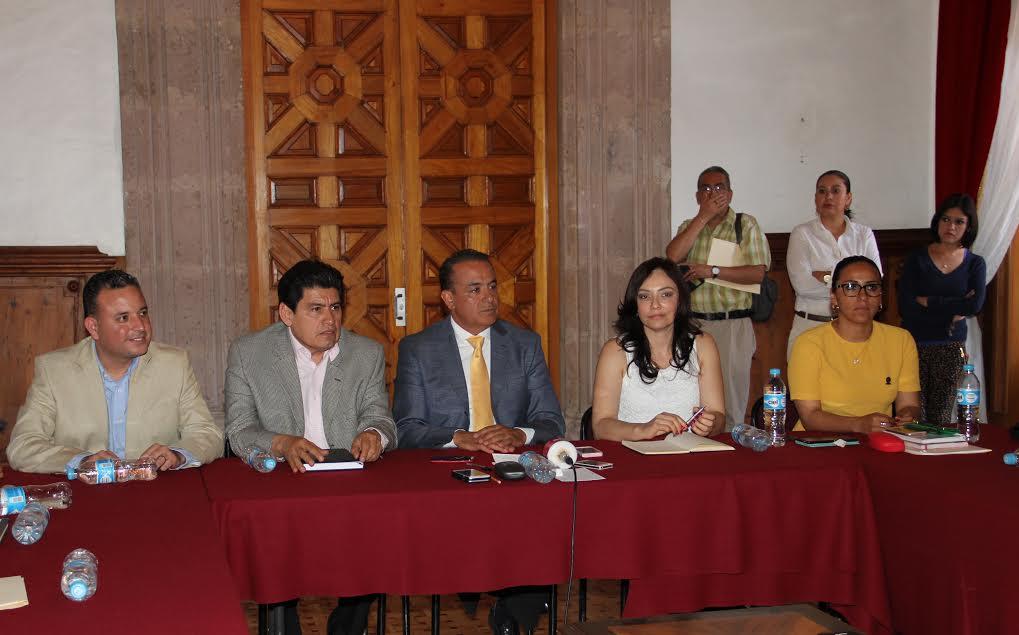 Pascual Sigala manifestó que se han sostenido diversas reuniones con el rector de la UMSNH y con los diferentes sectores involucrados, teniendo presente la necesidad de la reforma a la Ley Orgánica