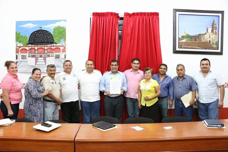 Elías Ibarra destacó que además de los beneficios que traerá el Centro de Justicia Oral a los ciudadanos, el hecho de que se realice dicha obra, contribuye también a la generación de empleos pues se requerirá de trabajadores para la edificación de las salas