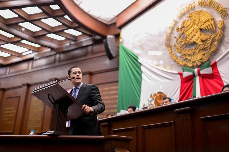 Villegas Soto señaló la necesidad de atacar la irresponsabilidad financiera y evaluar la correcta aplicación de los recursos