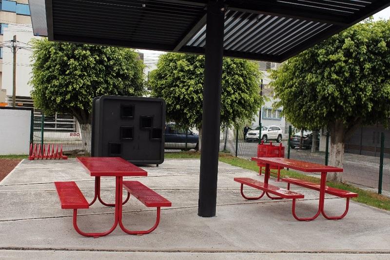 Recientes trabajos de la SCOP consistieron en la construcción y rehabilitación de centros comunitarios, espacios deportivos y áreas verdes, además de la instalación de luminarias en sitios detectados como inseguros