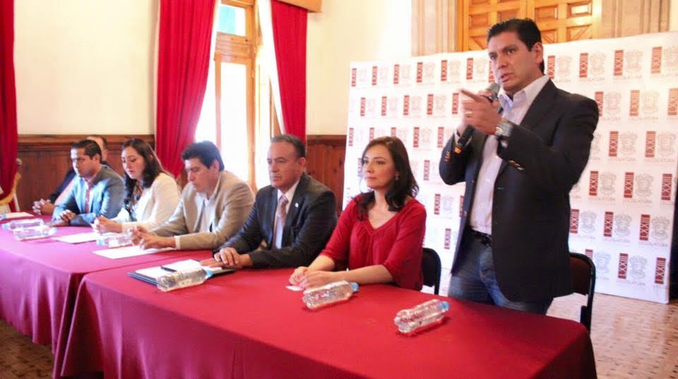 Núñez Aguilar participó en la entrega de reconocimientos a jóvenes que participaron en la Primera Práctica Parlamentaria Juvenil del Distrito de Zamora
