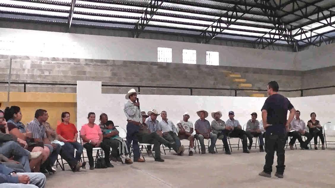 Asistieron a la asamblea mencionada observadores de Los Reyes, Morelia y Coalcomán, los cuales sólo se presentaron y escucharon las propuestas y análisis de los concejeros de Chinicuila