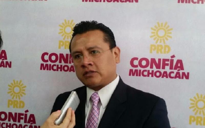 """Entre el 2012 y 2015 en Michoacán """"no hubo crecimiento, ni desarrollo económico, sino todo lo contrario"""", señaló Torres Piña"""