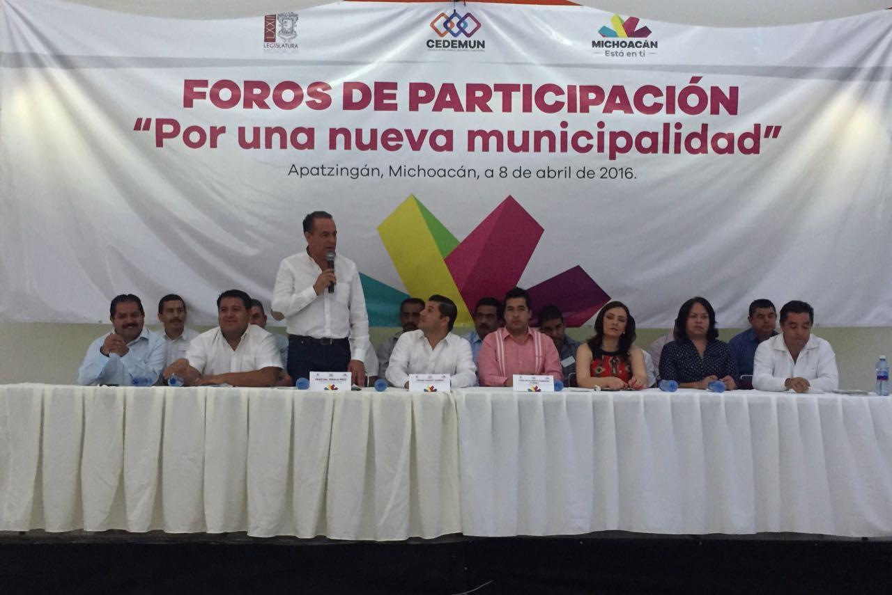 Entre los temas que se abordaron destacaron la reelección de los ayuntamientos; la elevación de poblaciones a diversas categorías y delimitación de poblaciones entre municipios
