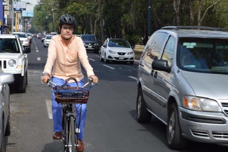 La dinámica en la que participaron 19 ciudadanos, consistió en compartir en la cuenta de Facebook del legislador panista, una fotografía utilizando la bicicleta para ir al trabajo, la escuela o para realizar alguna actividad cotidiana