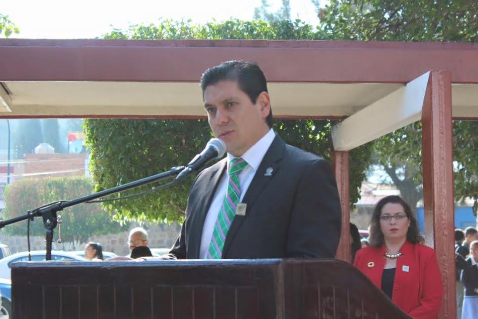 El diputado se comprometió a realizar las gestiones necesarias para fortalecer a la institución luego de que el director Jesús Hurtado Arriaga solicitara apoyo para la construcción de infraestructura