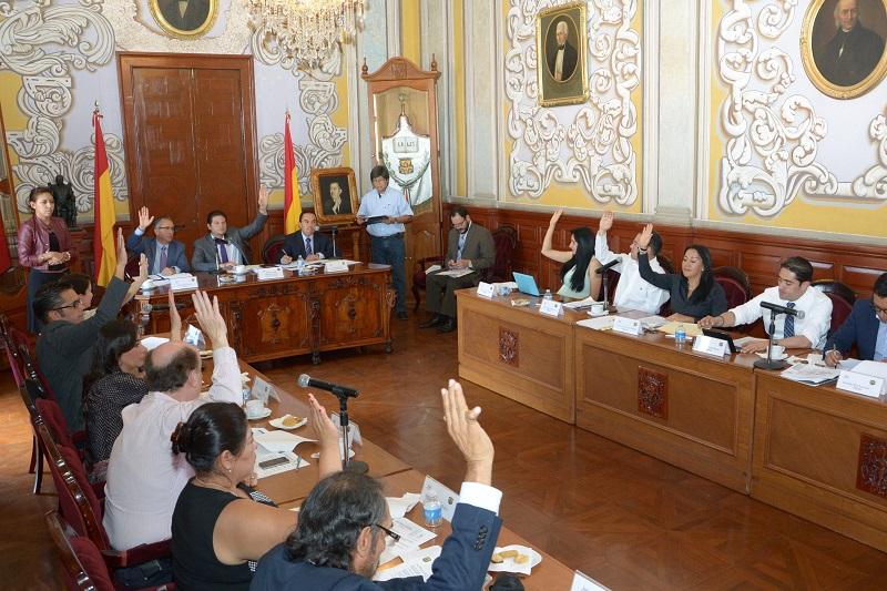 Este Consejo estará integrado por el Presidente Municipal, el Secretario del Ayuntamiento, tres cronistas, tres cronistas fotográficos, tres cronistas audiovisuales y un Regidor integrante de la Comisión de Educación